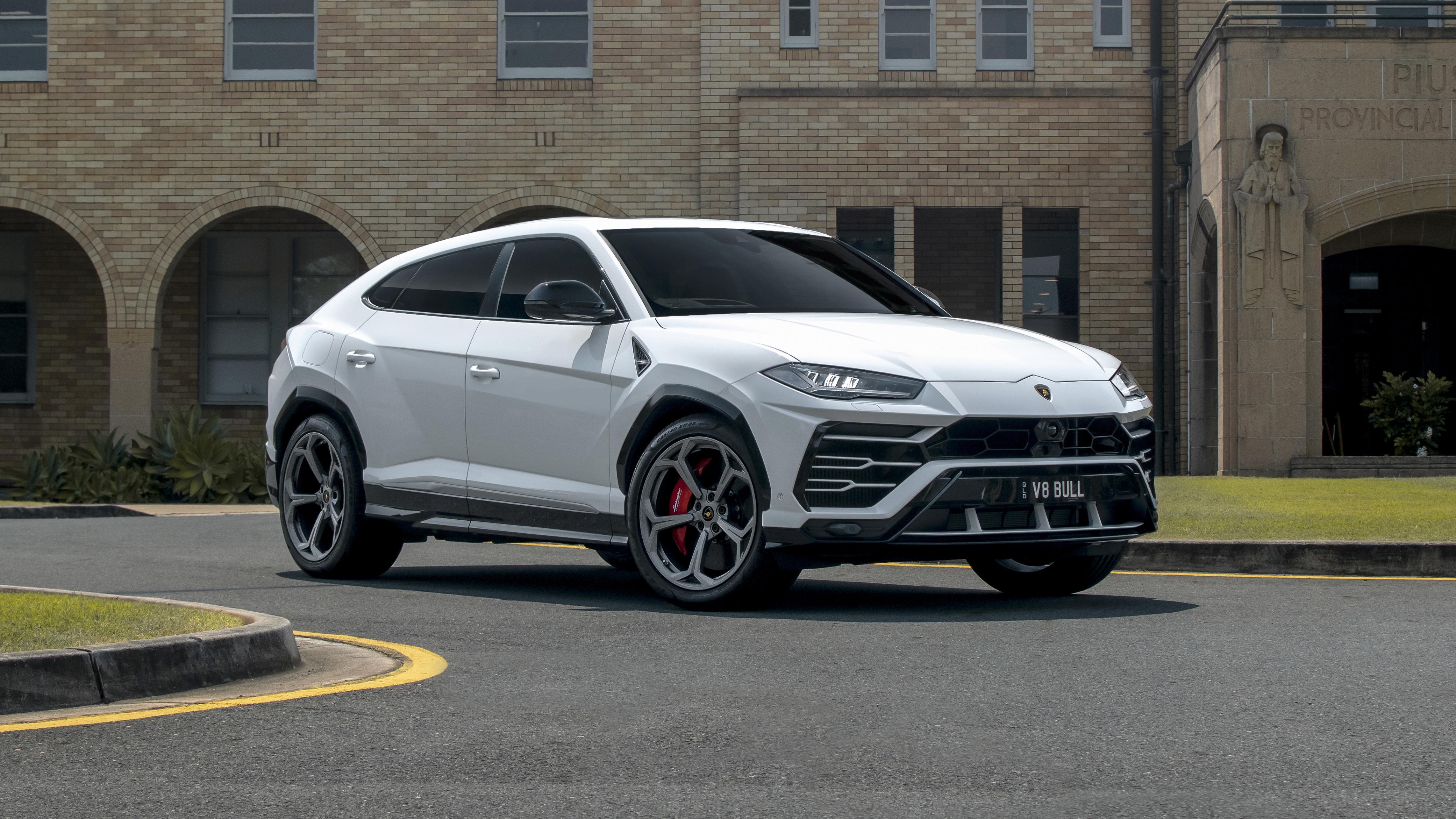 2019 20 Lamborghini Urus Suv Models Recalled For Potential Fire Risk Caradvice