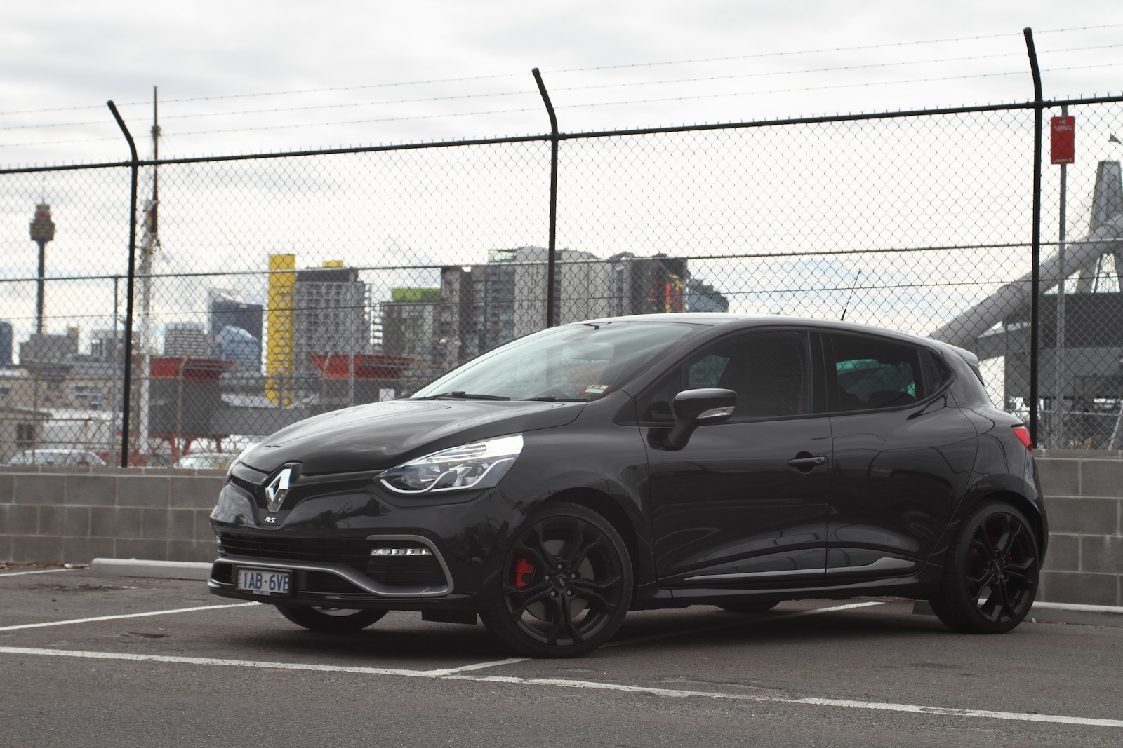 Ford Fiesta St V Renault Clio Rs200 Comparison Review Caradvice