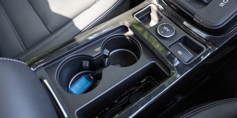 Ford Escape Titanium v Hyundai Tucson Highlander petrol SUV