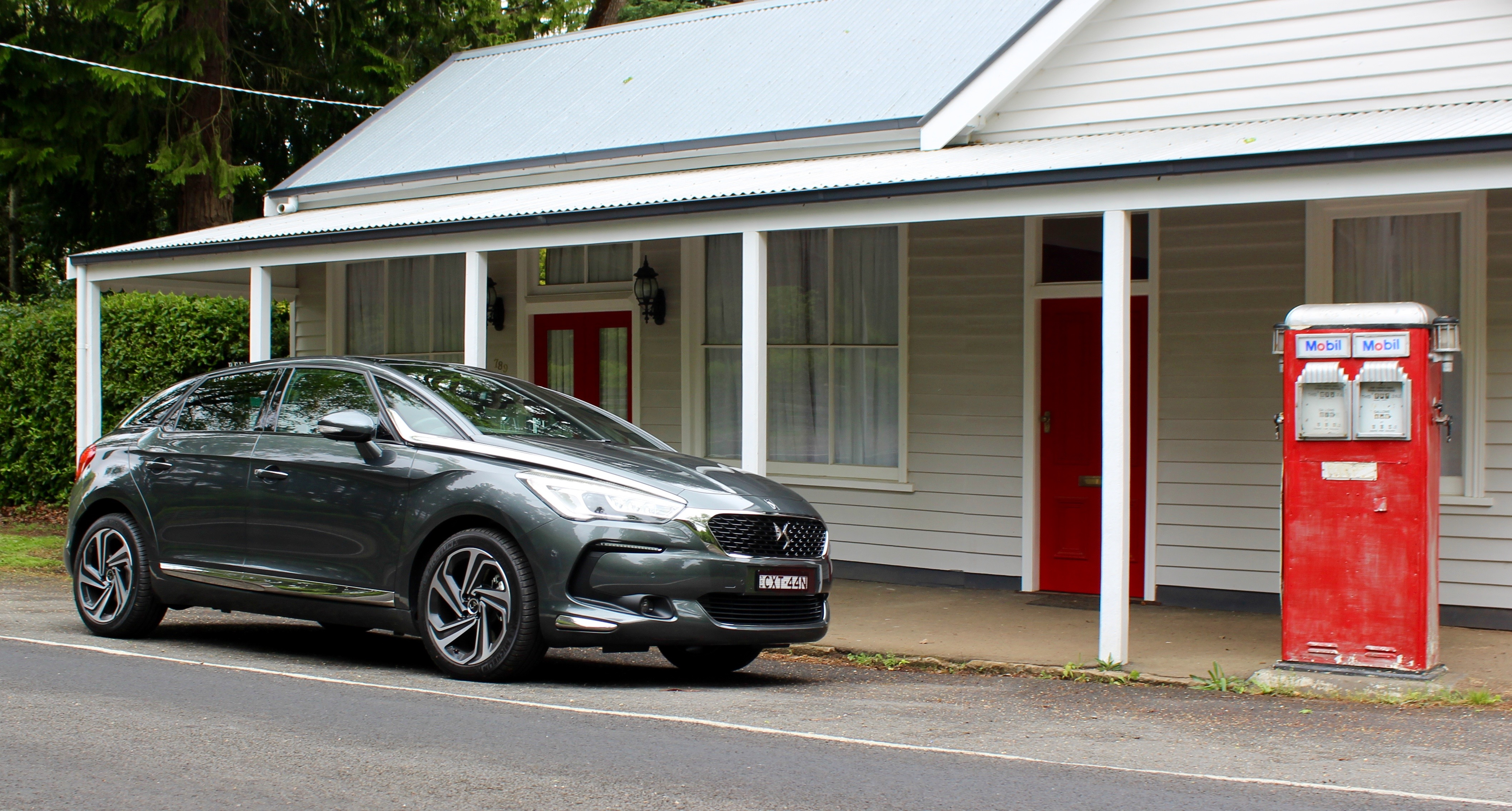 2016 DS 5 Review | CarAdvice