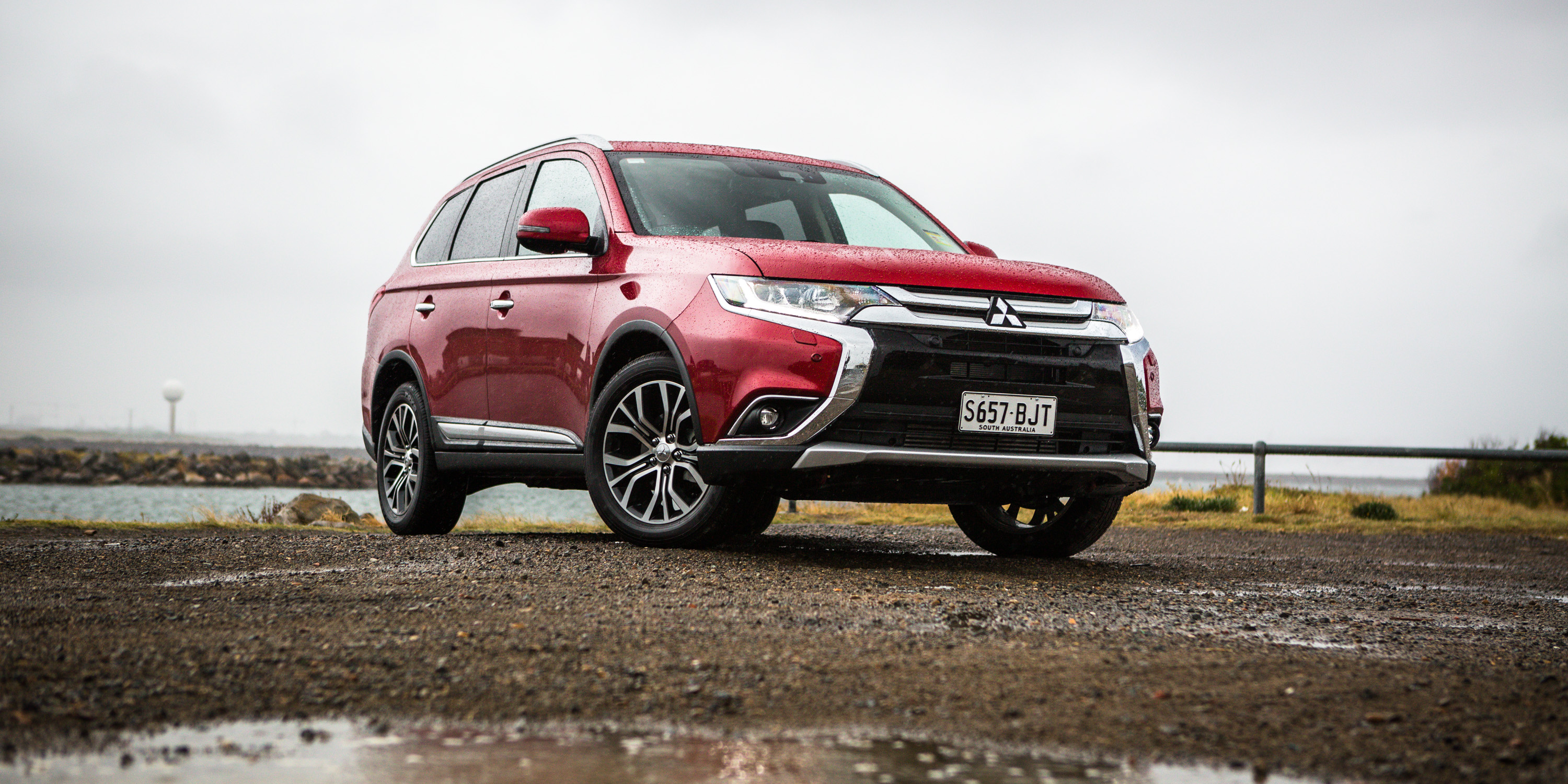 2017 Mitsubishi Outlander Exceed AWD diesel review   CarAdvice