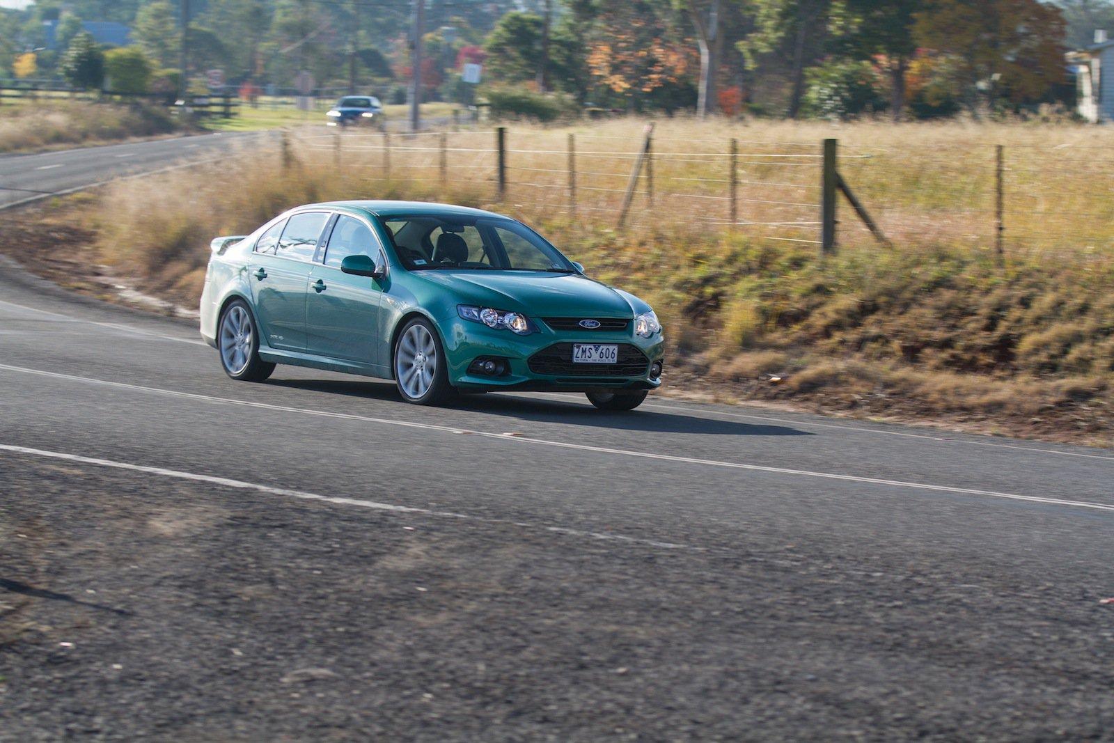 Holden Commodore SV6 v Ford Falcon XR6: Comparison Review