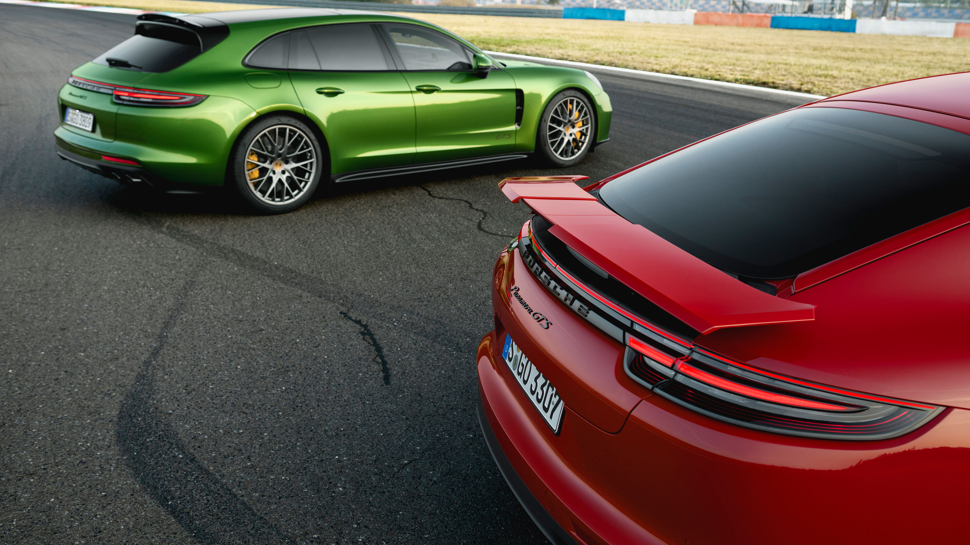 2019 Porsche Panamera GTS revealed, here first quarter of