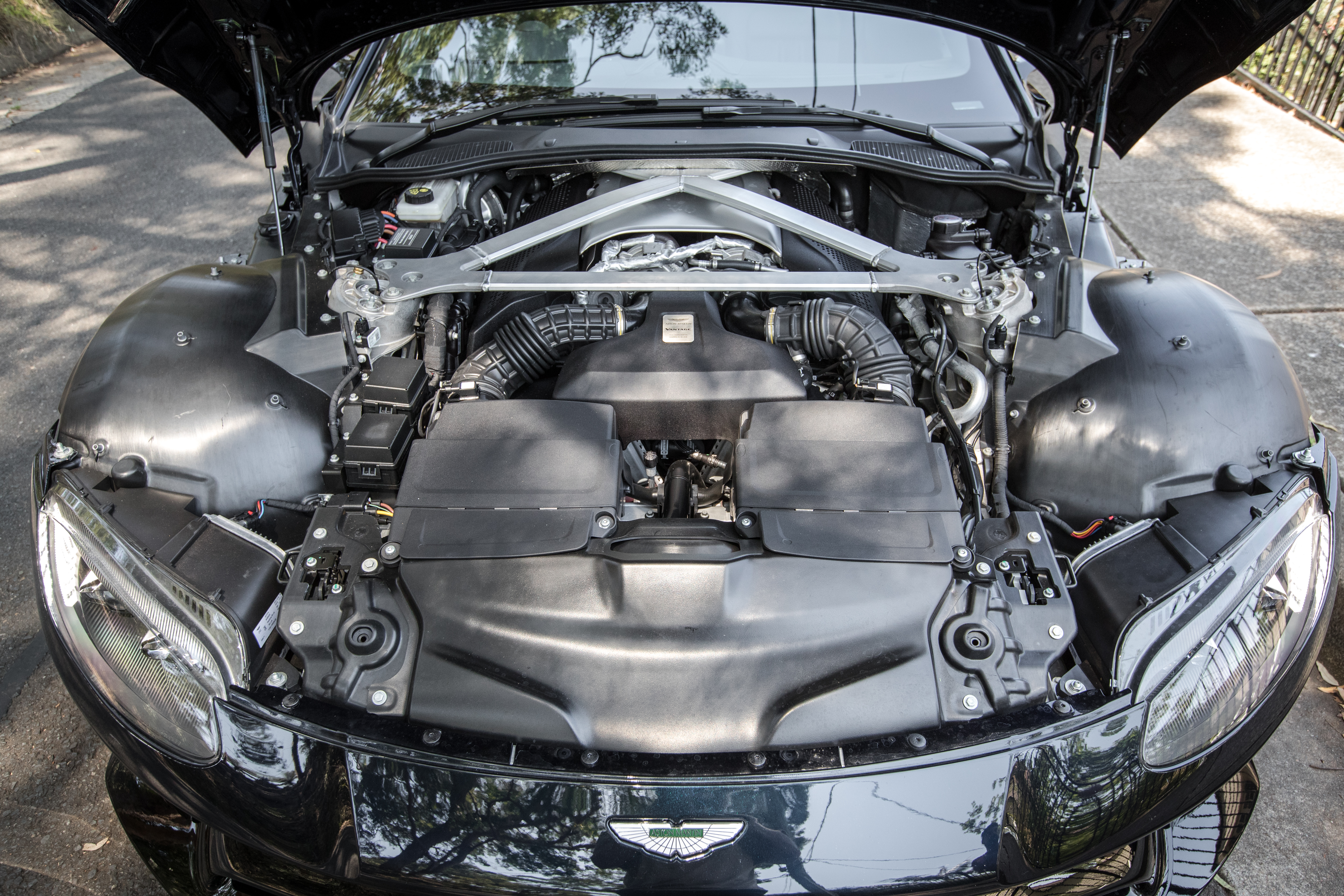 2019 Aston Martin Vantage review | CarAdvice