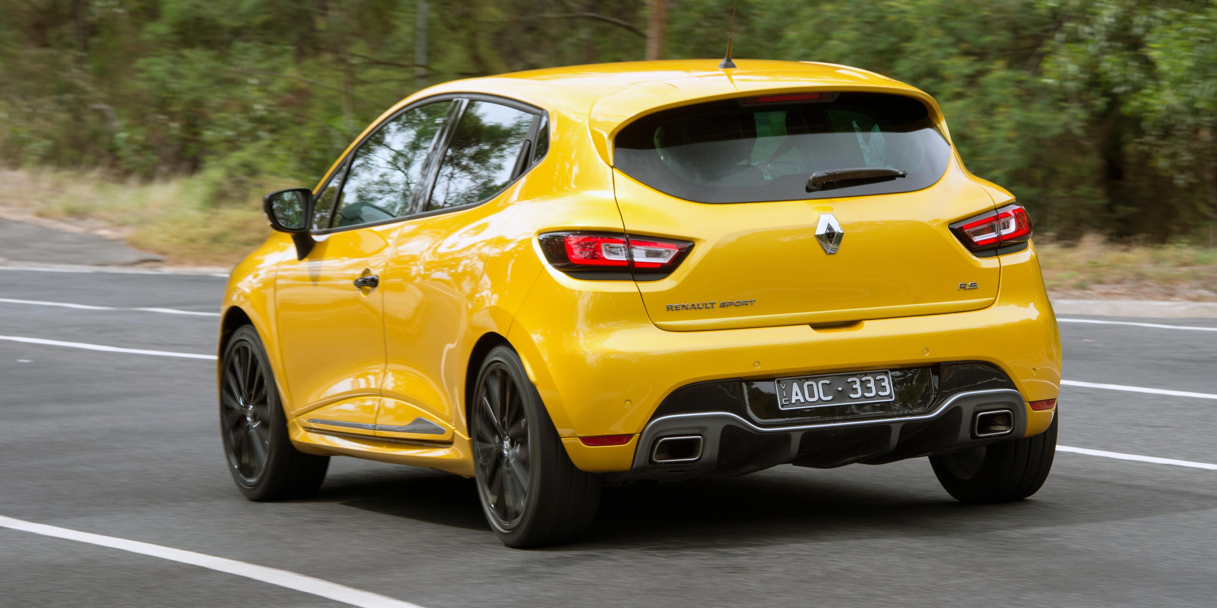 2018 Renault Clio RS Cup v Suzuki Swift Sport comparison | CarAdvice