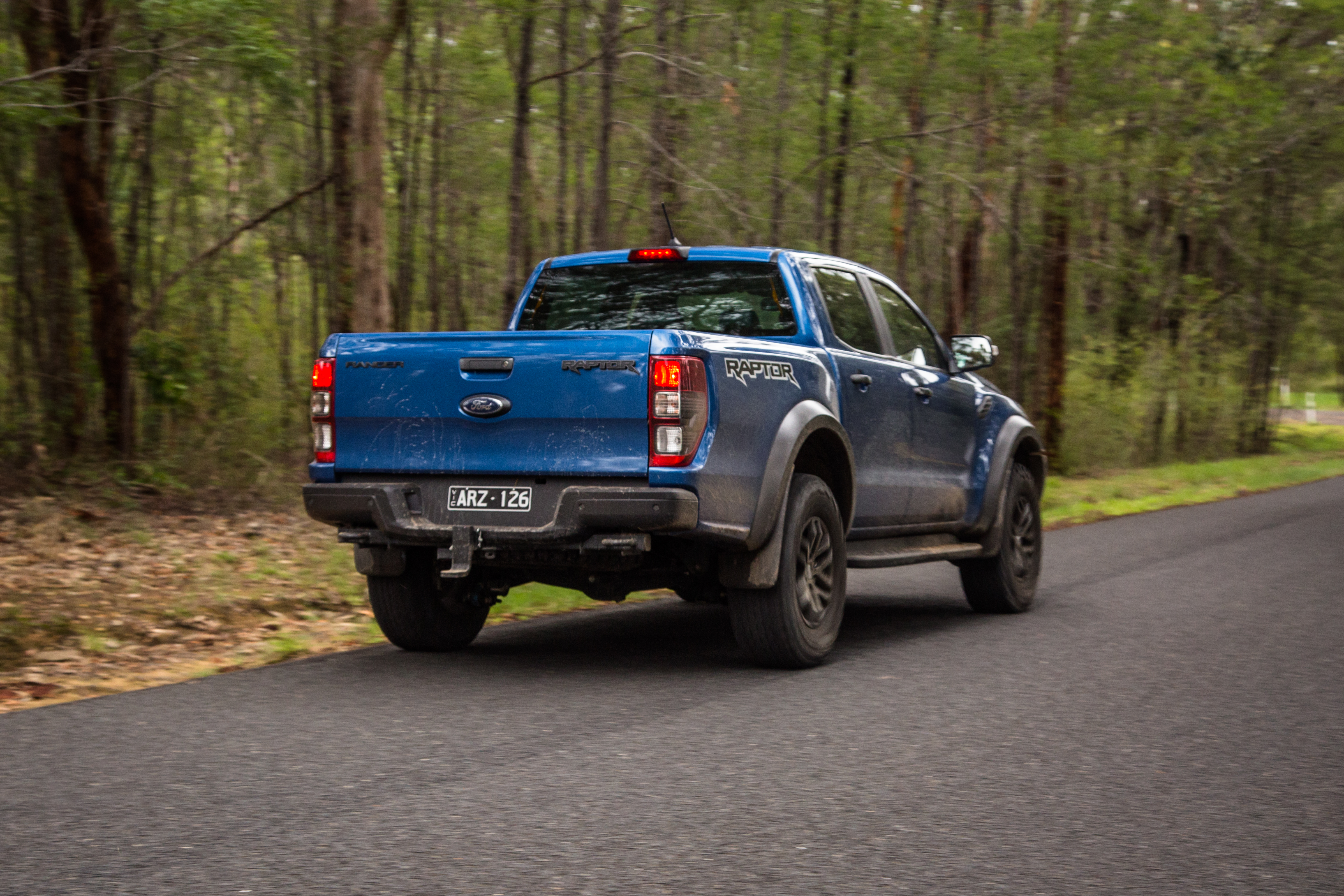 2019 ford ranger raptor v toyota landcruiser 78 series gxl comparison caradvice