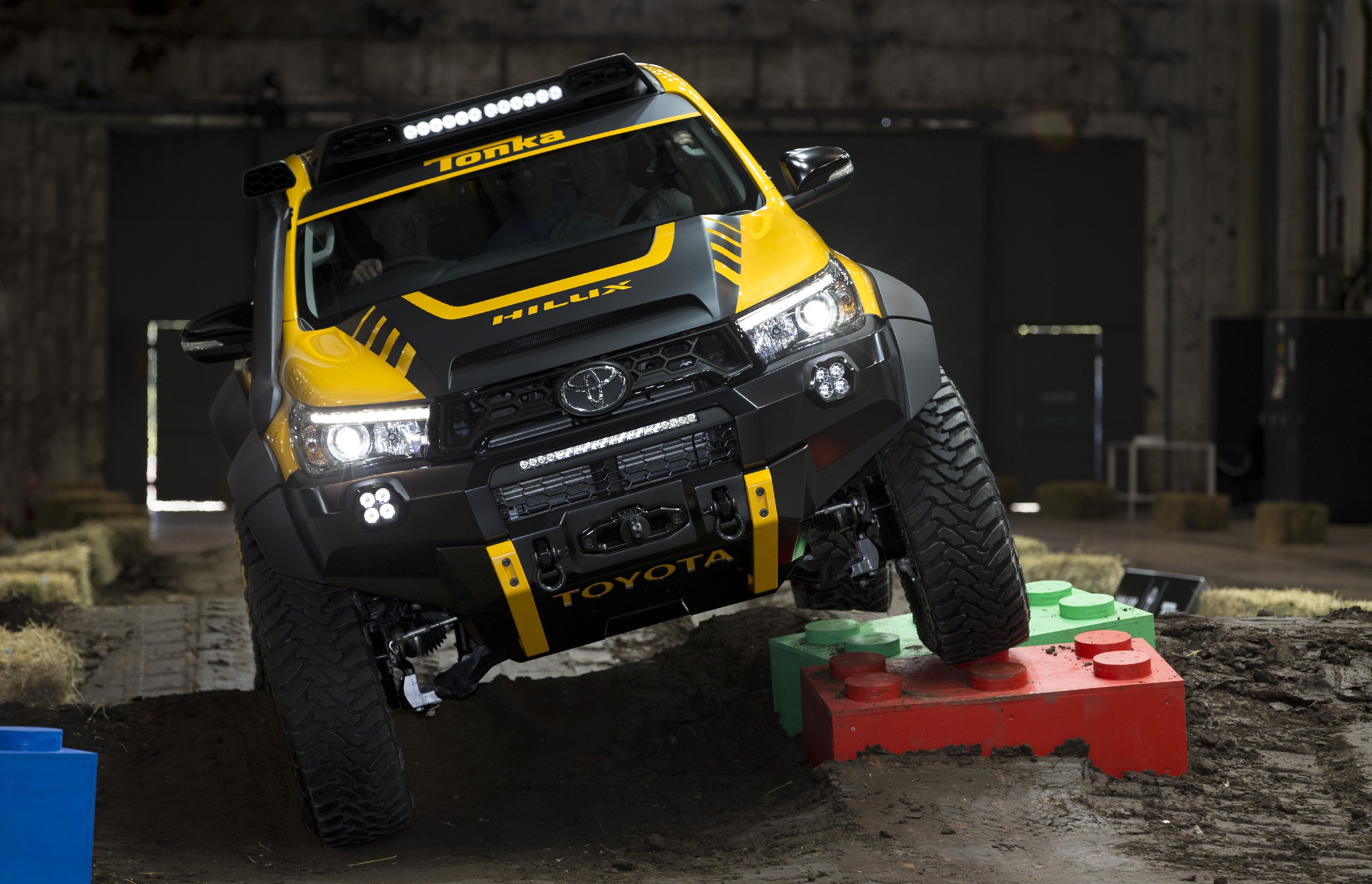 Ford Ranger, Toyota Hilux modifications a target for QLD