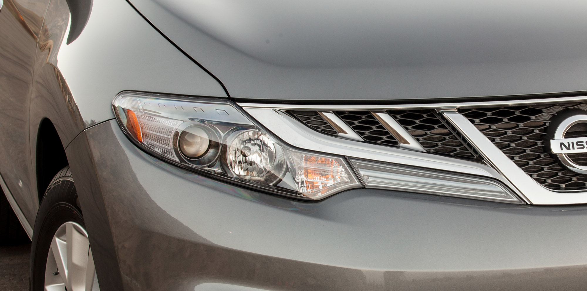 Headlights explained: Halogen v HID v LED v Laser | CarAdvice