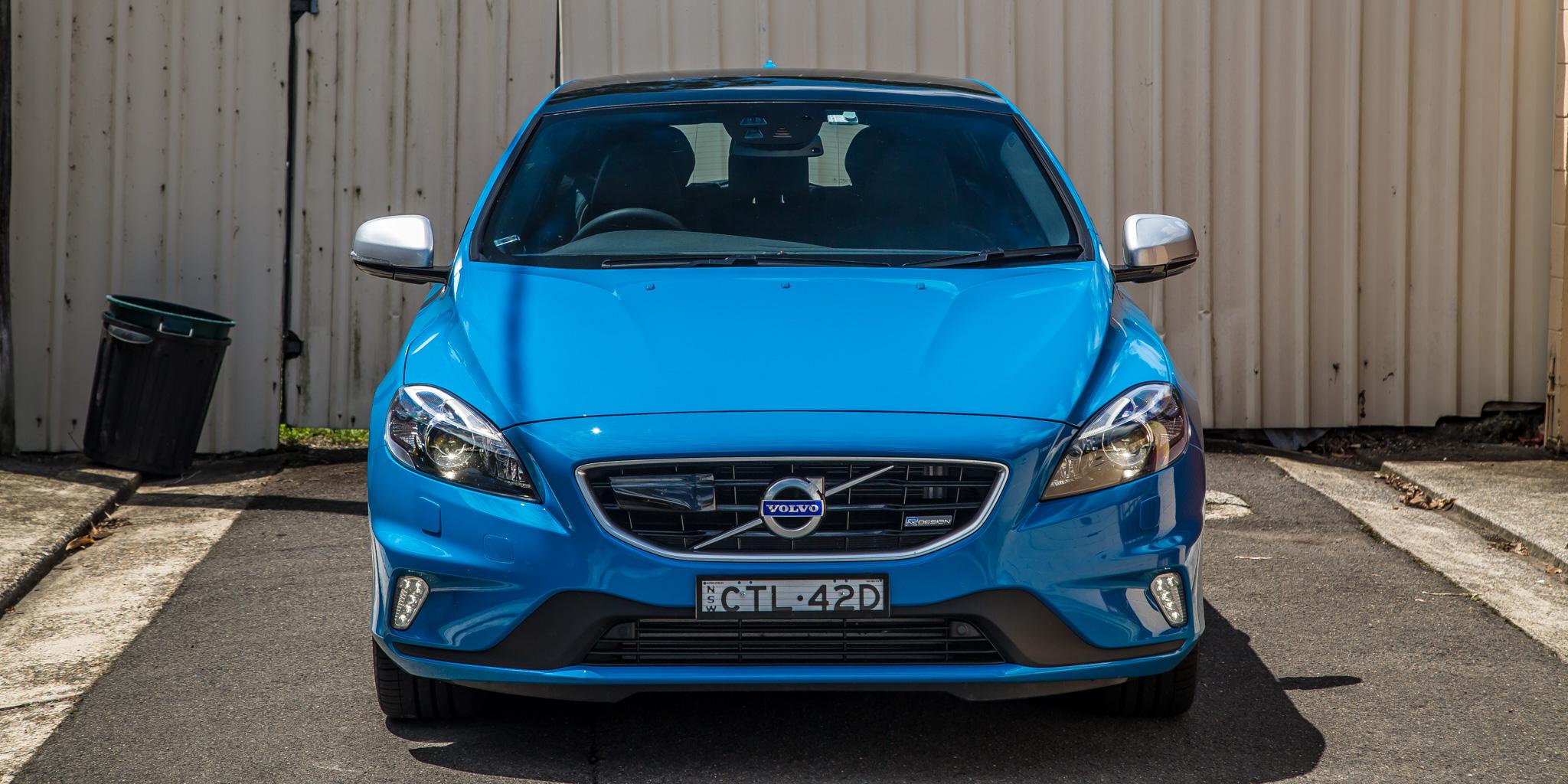 2015 Volvo V40 T5 R-Design Review   CarAdvice