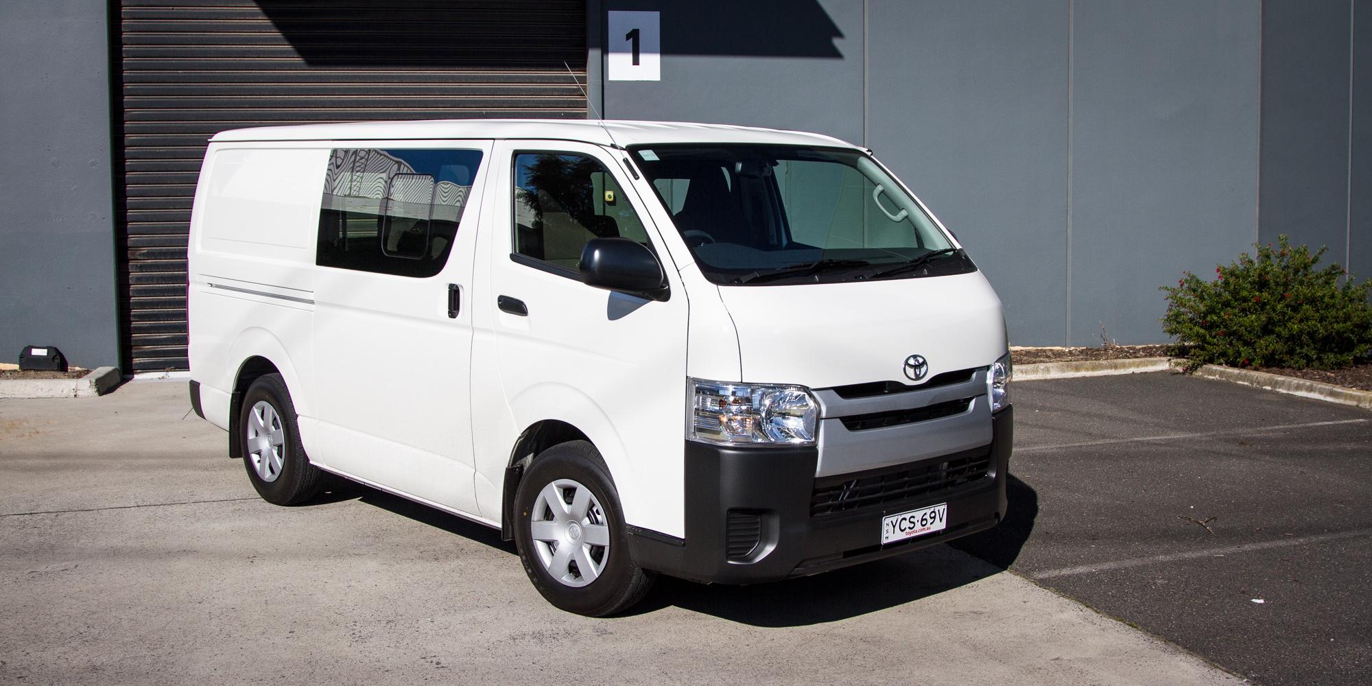 2015 Toyota HiAce Crew Van Review | CarAdvice
