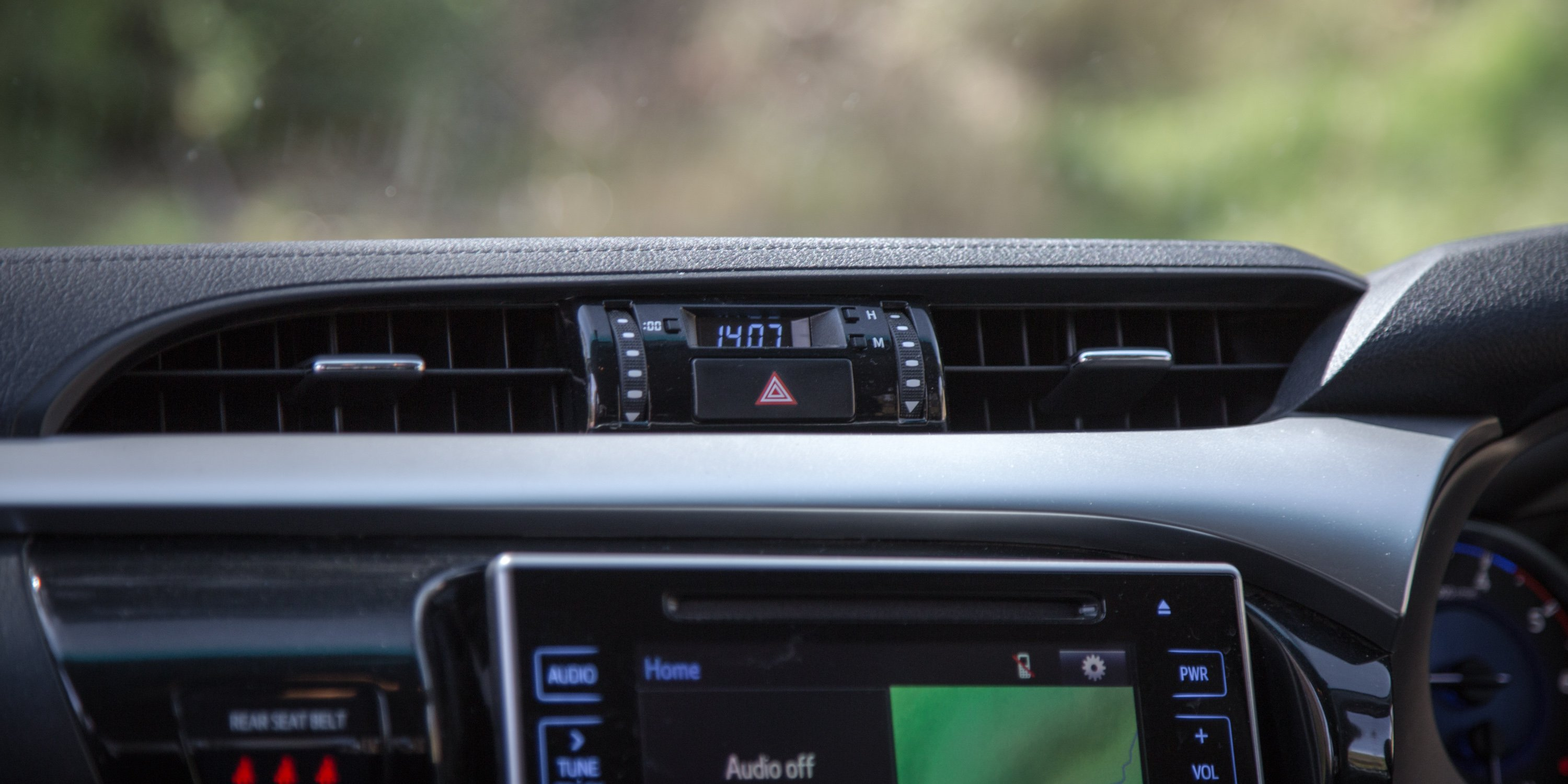 2018 Toyota HiLux SR5 review | CarAdvice