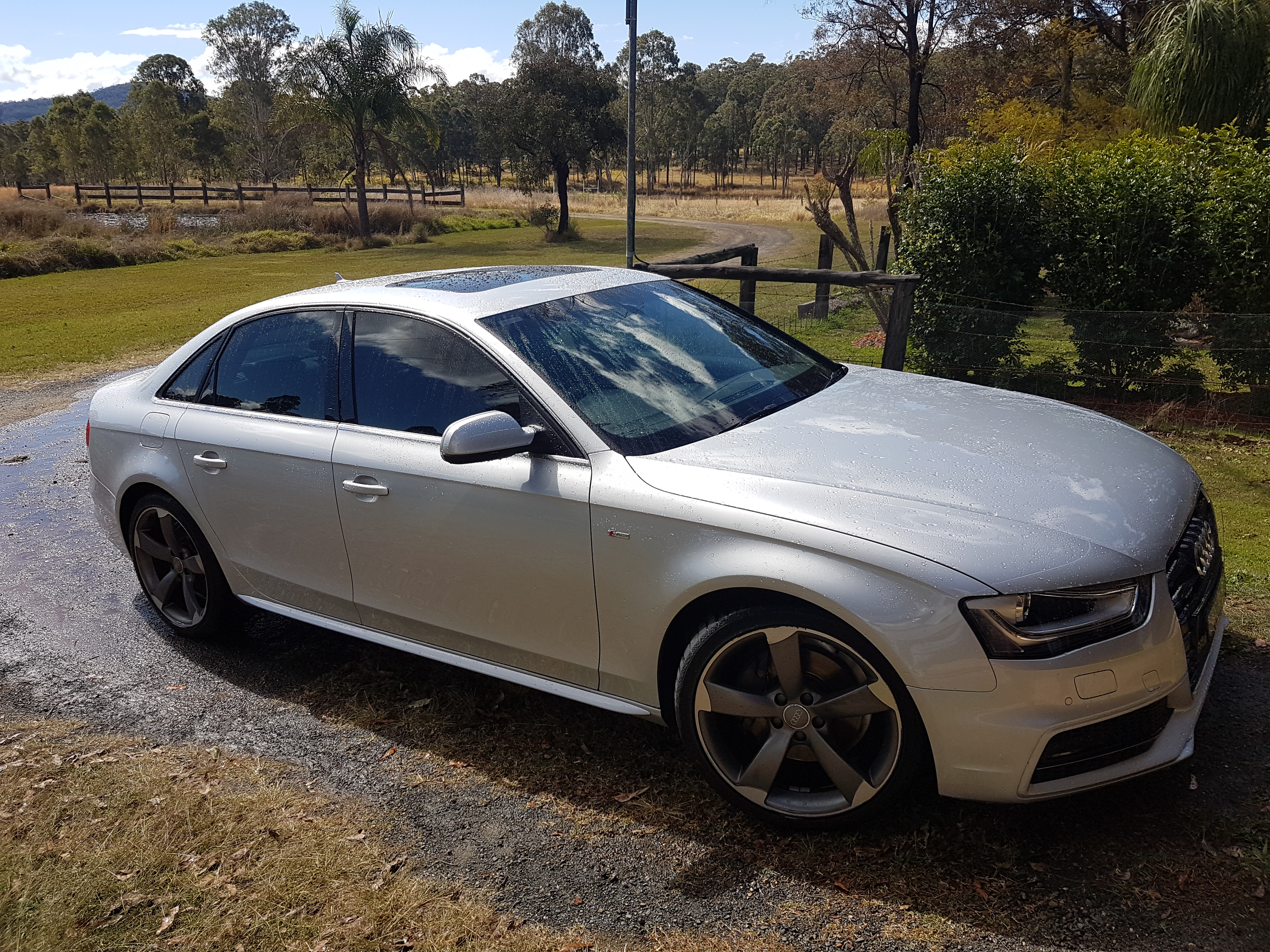 Kelebihan Kekurangan Audi A4 1.8 Turbo Perbandingan Harga