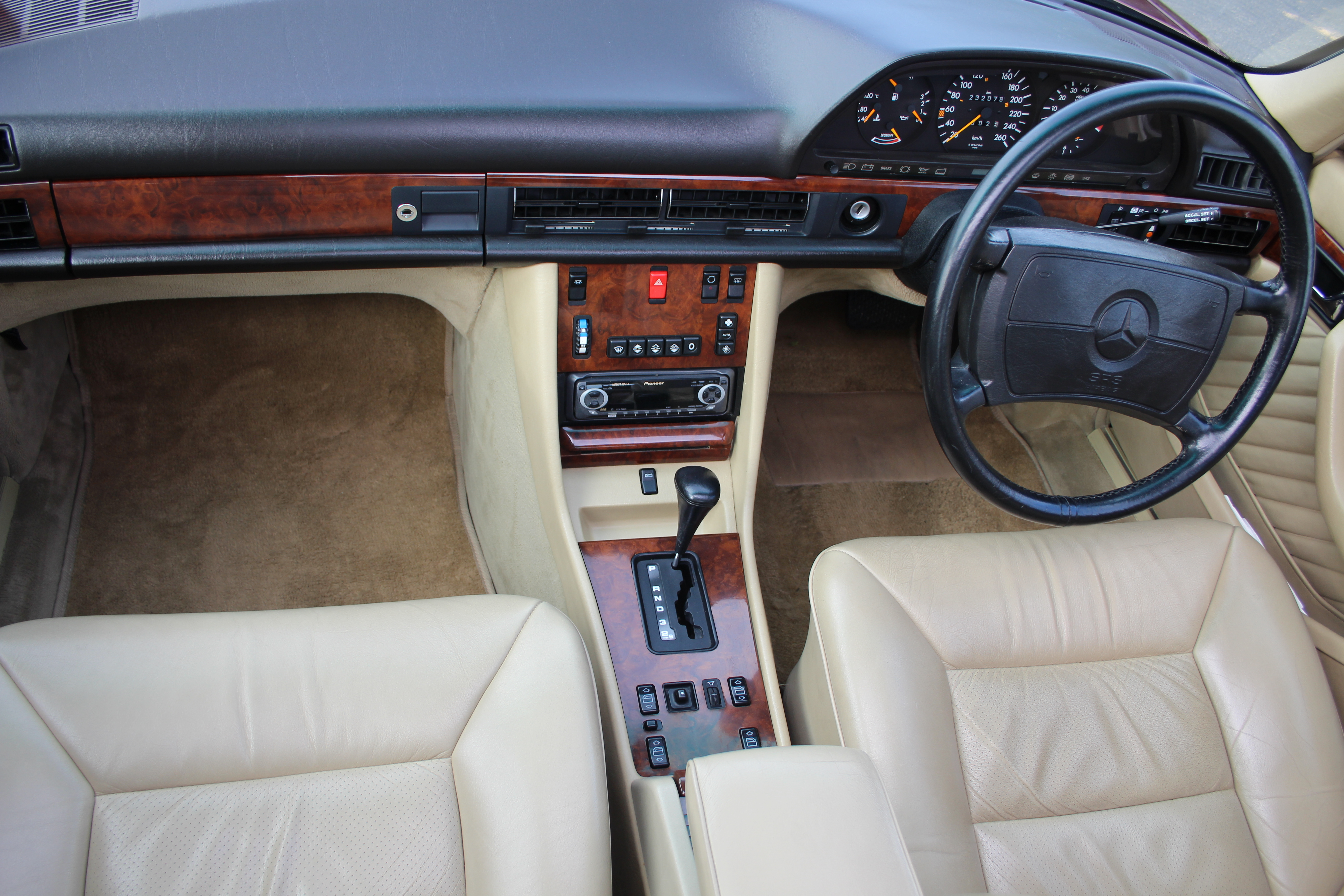 1989 Mercedes-Benz 560 SEL Review | CarAdvice