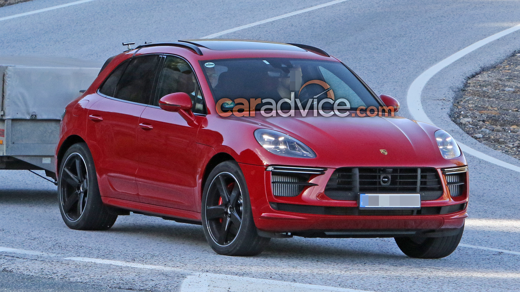 2019 Porsche Macan Turbo Spied Sans Camouflage Caradvice
