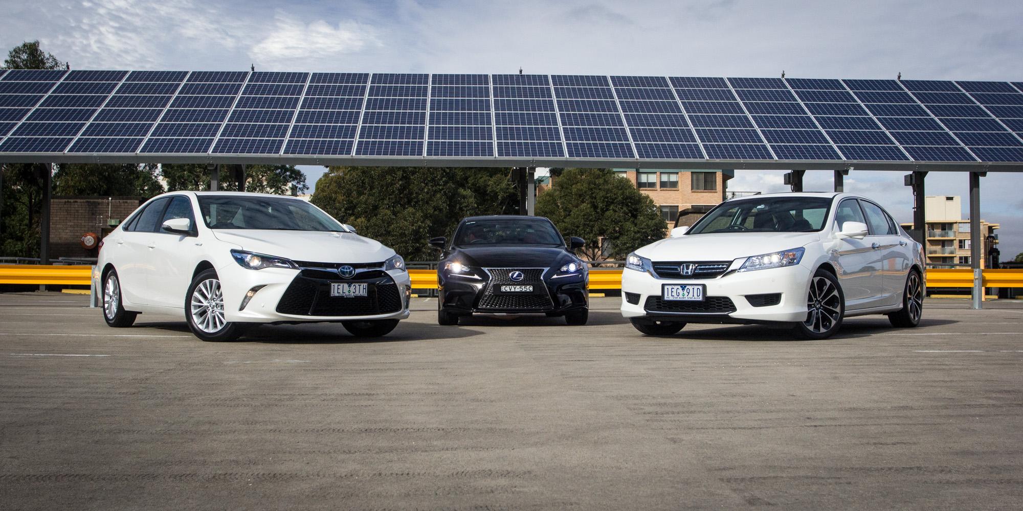 Toyota camry hybrid atara sl v honda accord sport hybrid v lexus