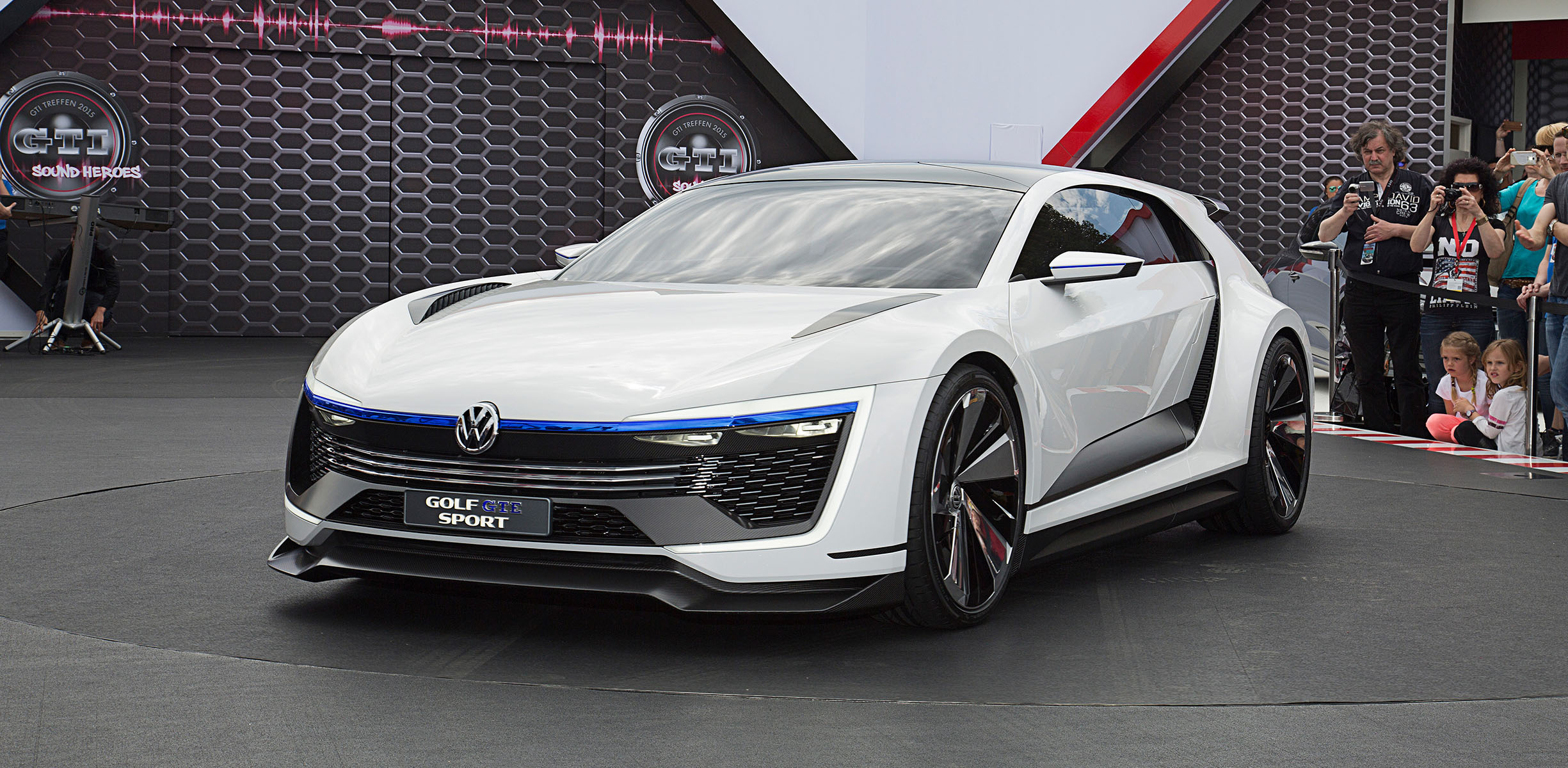 Volkswagen Golf Gte Sport Concept Debuts At Worthersee Caradvice