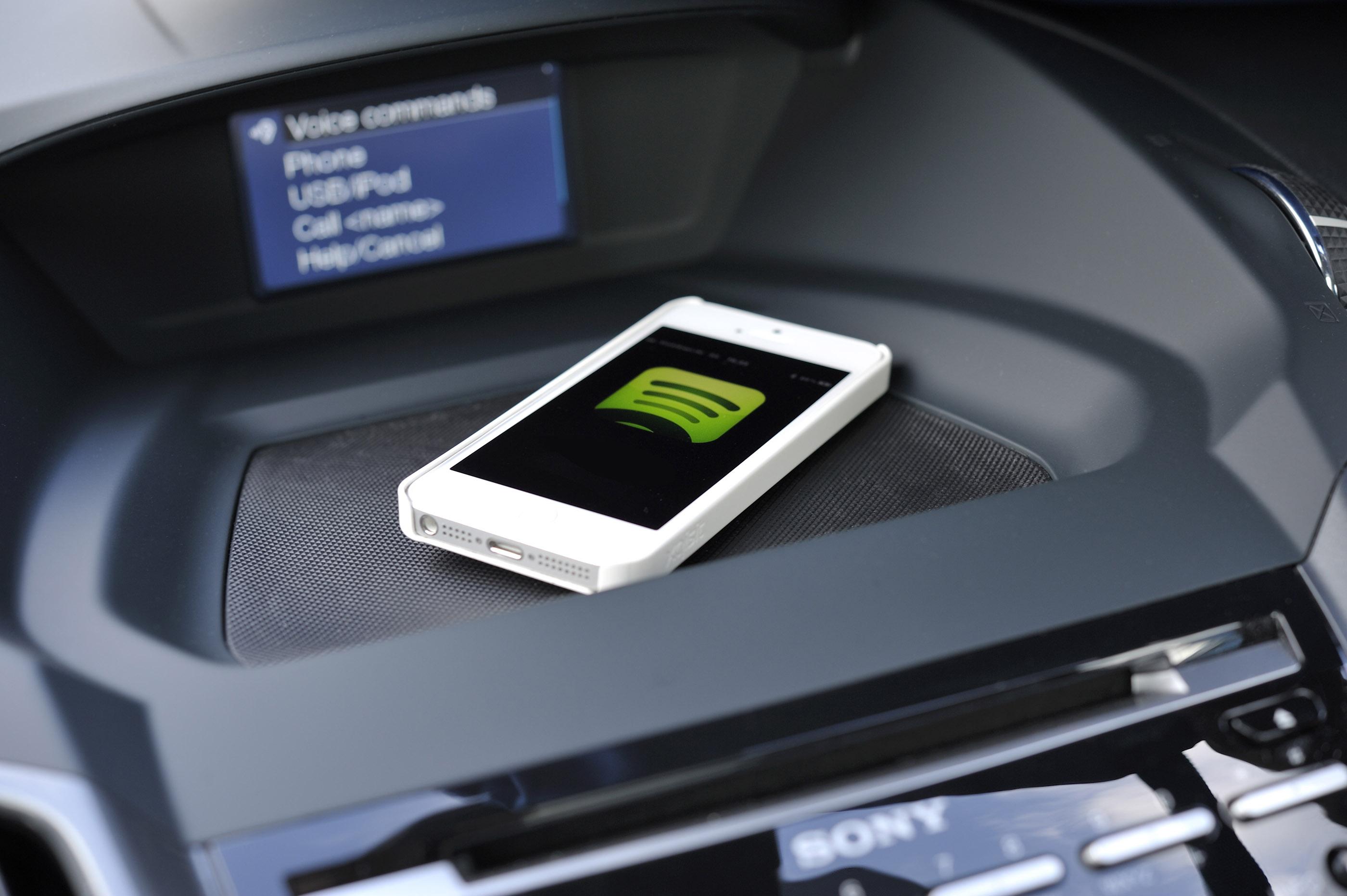 Music streaming apps for the car: Pandora v Spotify v Rdio v iTunes