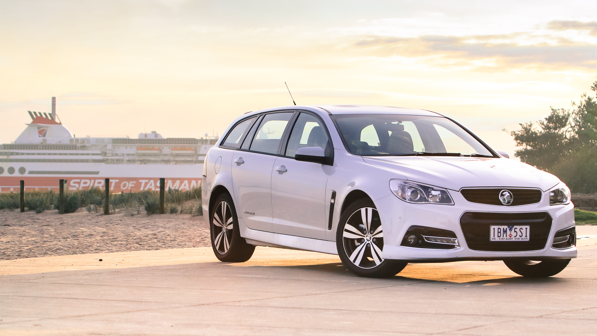 2014 Holden Commodore Sportwagon SV6 LPG Review | CarAdvice