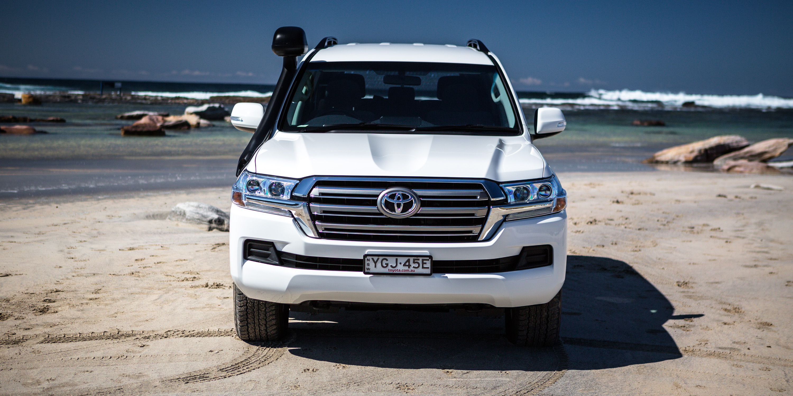 2016 Toyota LandCruiser 200 GXL Diesel review | CarAdvice