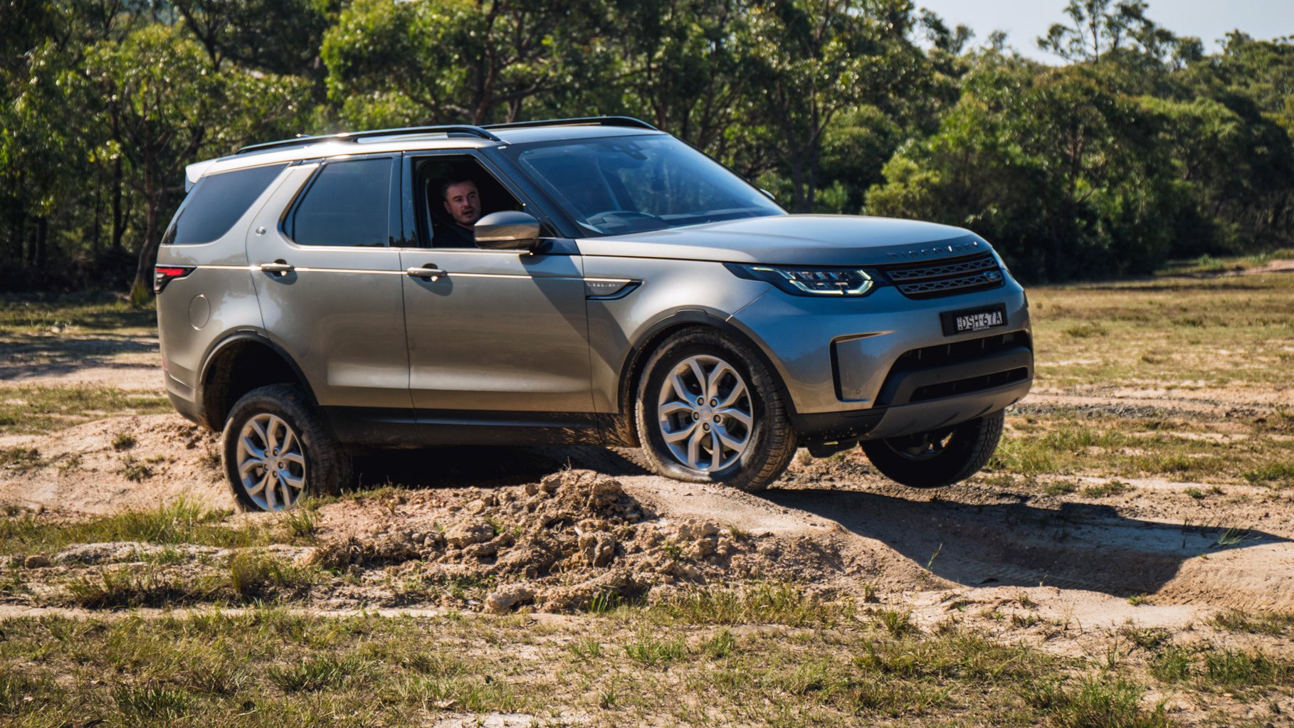 2018 Land Rover Discovery Sd4 SE review | CarAdvice
