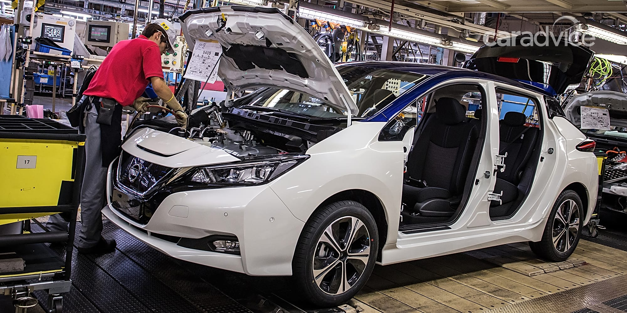 Nissan expects EV and combustion cost parity in 2025 ...