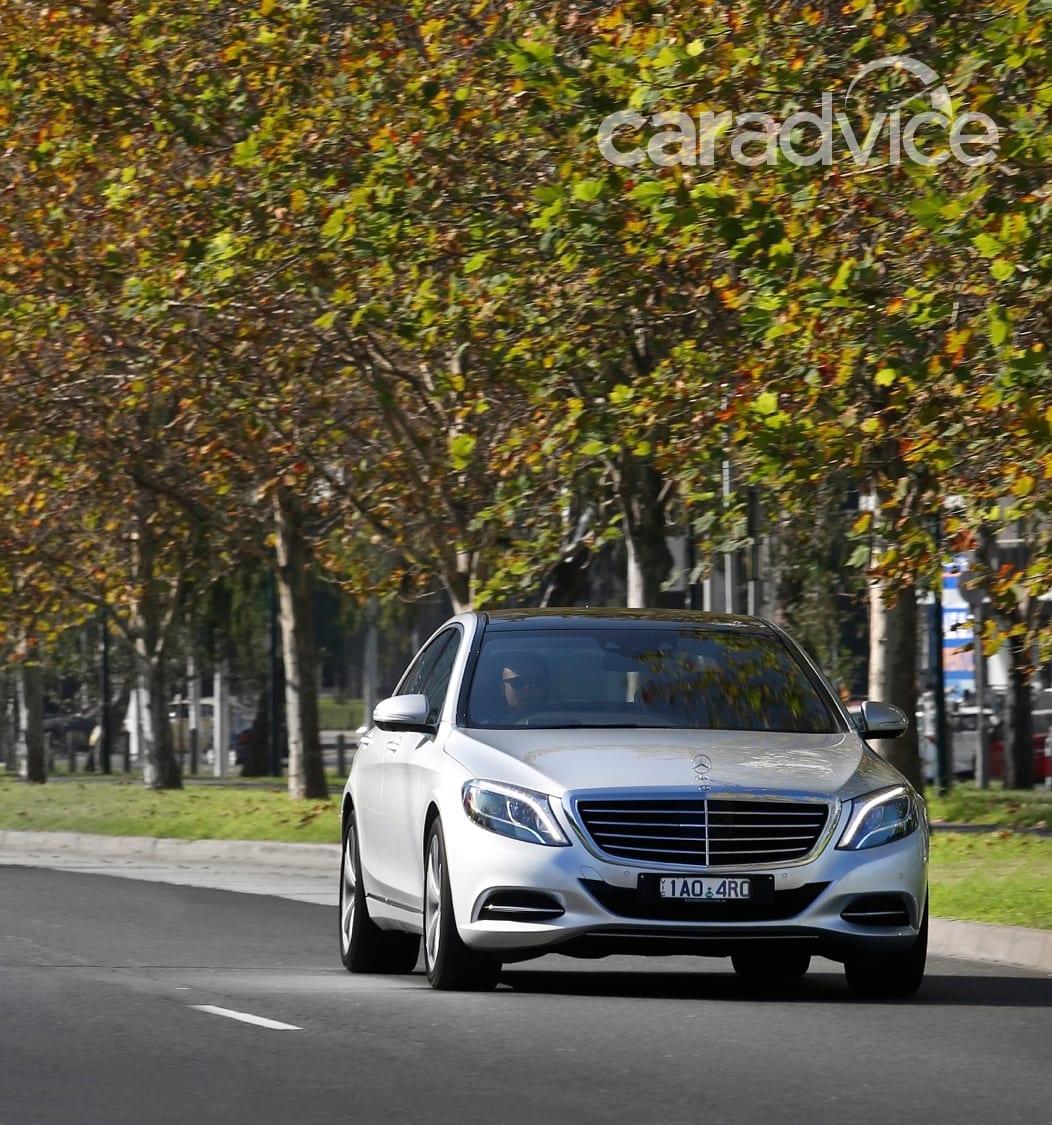 Mercedes-Benz S300 BlueTEC Hybrid Review