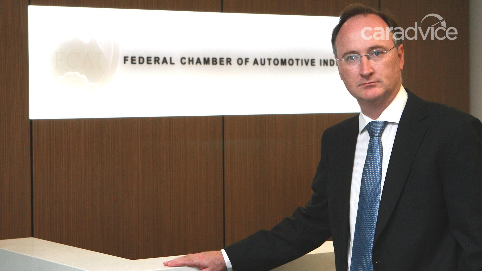 Ngành công nghiệp ô tô Úc lần đầu tiên tiết lộ lượng khí thải CO2 - 2 trên 2