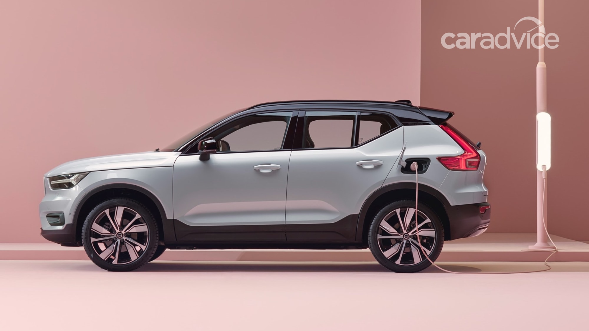 2021 volvo xc40 plugin hybrid in showrooms in august from