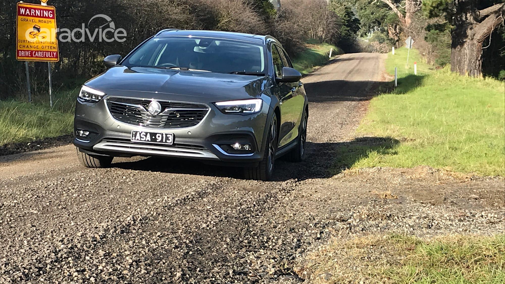 2019 Holden Commodore Calais V Tourer: Reader review ...