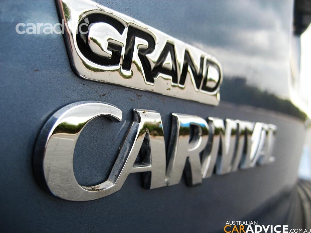 2007 kia grand carnival road test