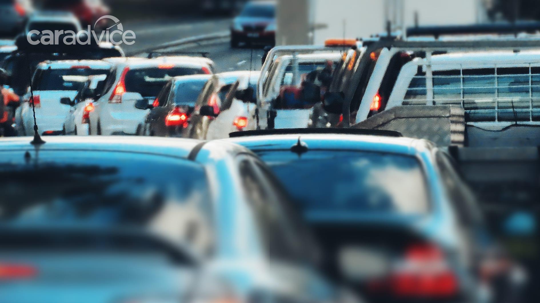 Ngành công nghiệp ô tô Úc lần đầu tiên tiết lộ lượng khí thải CO2 - 1/2