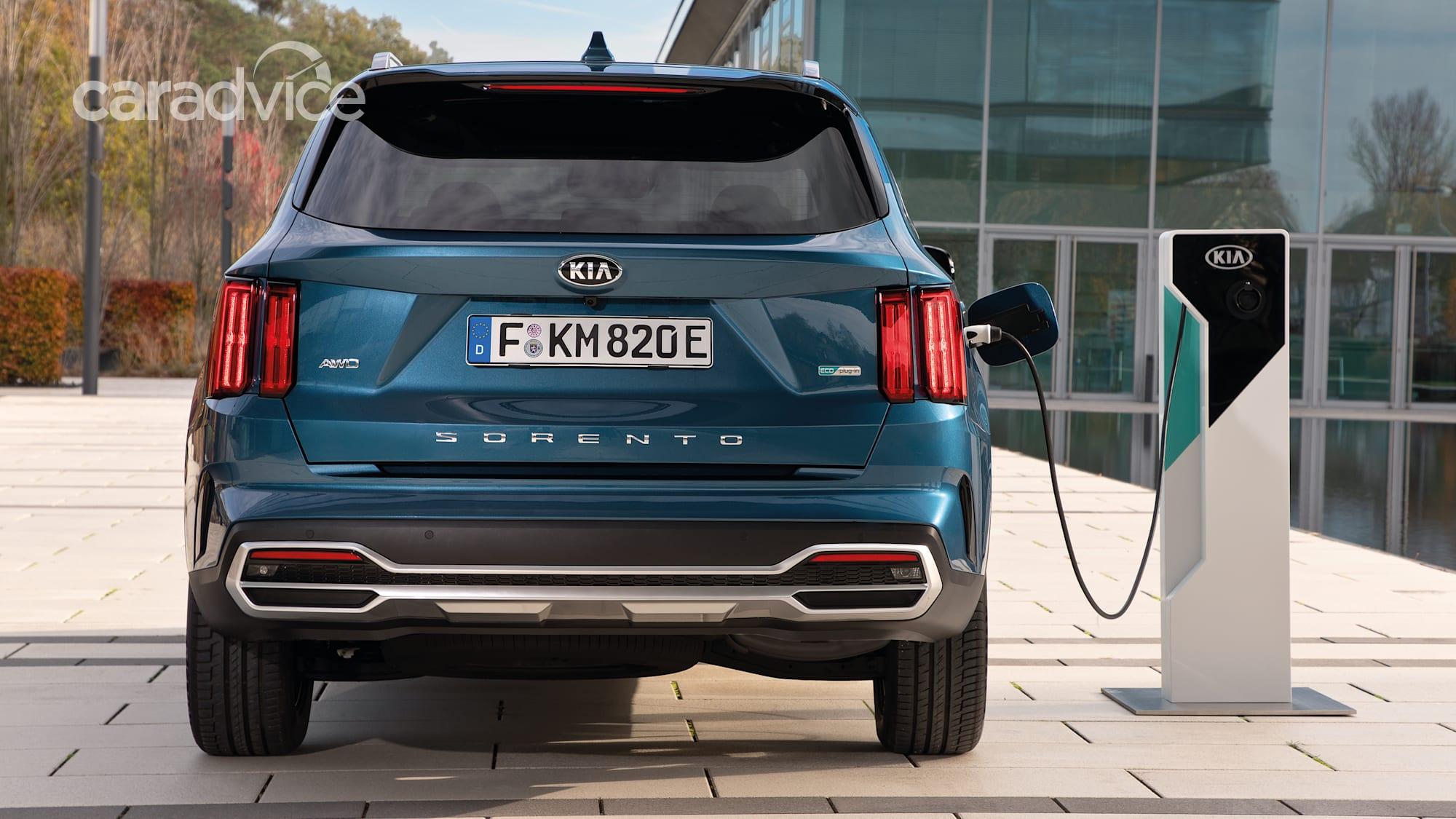 2021 Kia Sorento plug-in hybrid detailed with 70km all ...