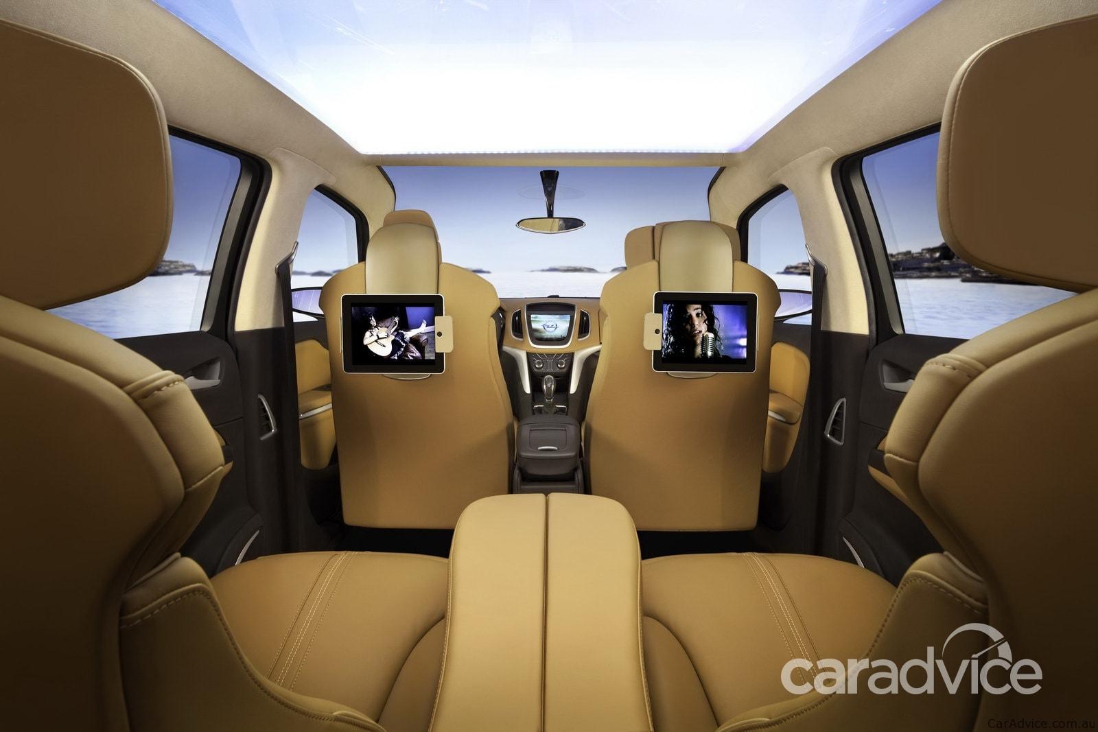 2011 Opel Zafira Tourer Concept Geneva preview | CarAdvice