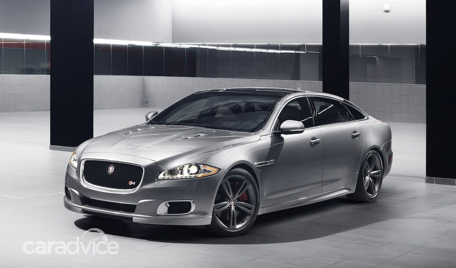 Jaguar XJR: high-performance luxury flagship returns ...