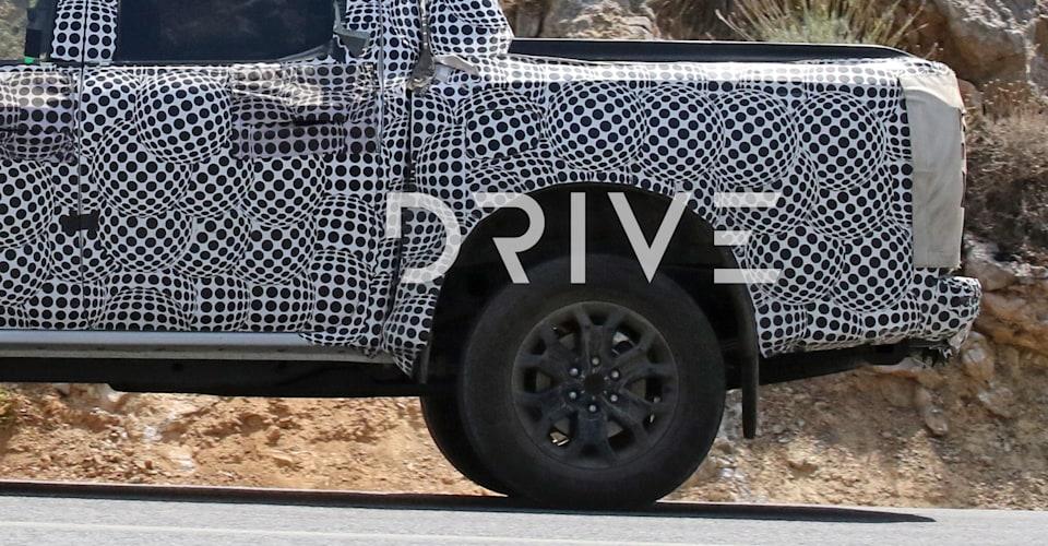La Ford Ranger del 2022 ottiene i freni a disco su tutte e quattro le ruote, rivelano le foto spia
